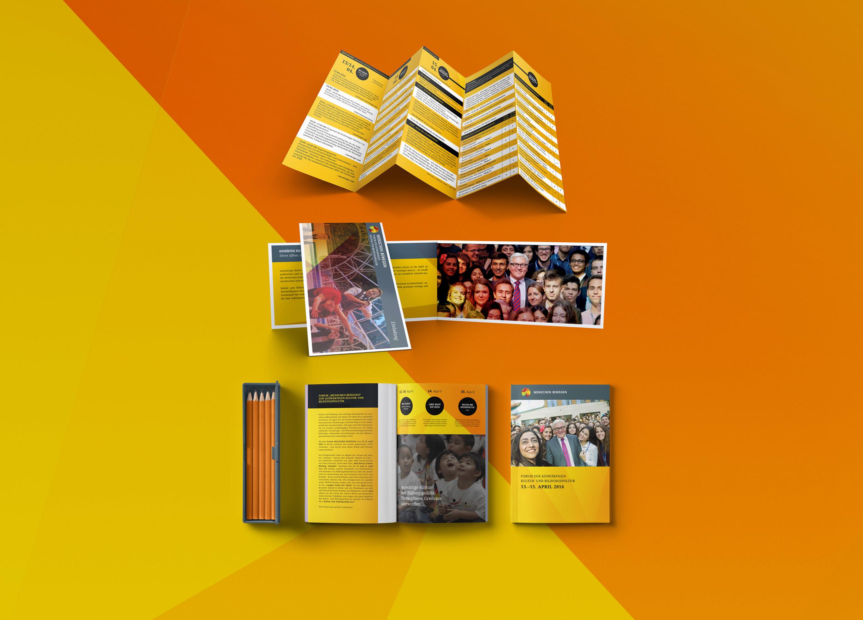 Pocket-Magazine-Mockup_2